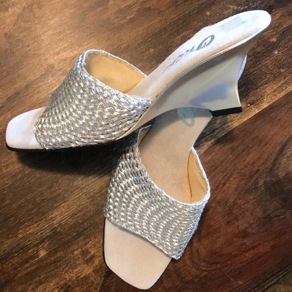 Onex Shoes | Sale Sandals 9 | Poshmark